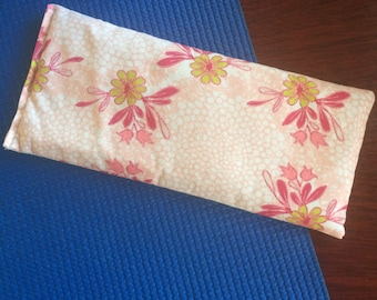 Lavender eye pillow, flaxseed pillow, yoga pillow, aromatherapy, pink eye pillow, pink floral