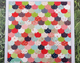 Clambake Baby Quilt Pattern Fabric Kit - Moda - Bonnie & Camille - Vintage Picnic - Thimble Blossoms BABY Quilt