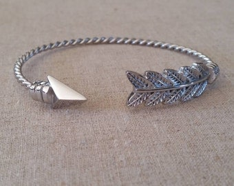 Bangle Bracelet-Stainless Steel Wire Bangle Charm Bracelet-Silver bangle bracelet-Open Arrow Bangle-Arrow Twisted Bangle Bracelet-Arrows