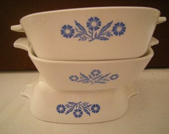 3 corning ware dishes-individual dishes-cornflower pattern-kitchen ware-petite pan-casseroles-retro-collctibles-