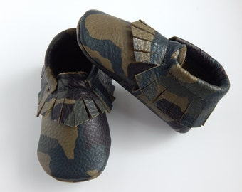 Baby Moccasins/ Baby Shoes/ Toddler Moccasins/ Toddler Shoes/Infant Moccasins/Girls Shoes/Boys Shoes/moccasins/ Camouflage Moccasins