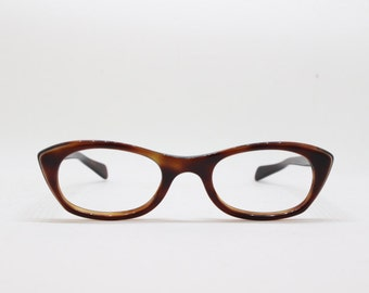 oval cat eye glasses, 60s eyewear, brown frame, horn rimmed vintage eyeglasses