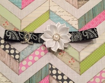 ADJUSTABLE Damask headband.
