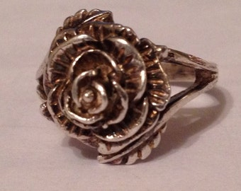 Vintage Solid Sterling Silver 4.8g Blooming Rose Flower Ring Size Size UK M.5 - US 7