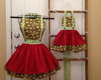 Mommy and me apple apron