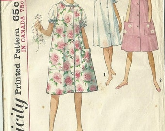 SALE 25% OFF :-) 1960s Misses' Nightgown and Duster or Sleeveless Dress Vintage Women's Sewing Pattern Simplicity 5264 Size 14 Bust 34 inche