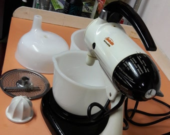 1951 original Model 10 Sunbeam Mixmaster with the optional juicer pictured.