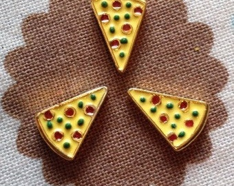 Pizza slice floating locket charm