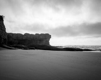 Oregon Coast Photography, Landscape Photograph, Wall Decor, Pacific Northwest, Black and White, Fine Art Print, Devils Punchbowl, Tide Pool