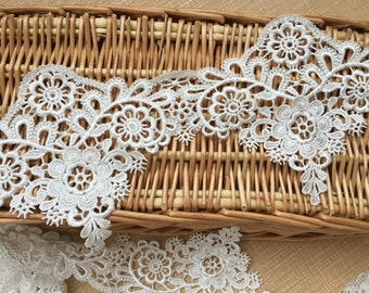 Gorgeous quality Floral Embroidery Venise Bridal Lace Trims Off White & Width 12cm, Sell by Yard