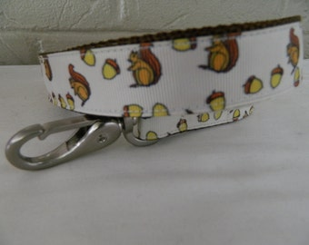 Squirrel and Acorn Dog Leash