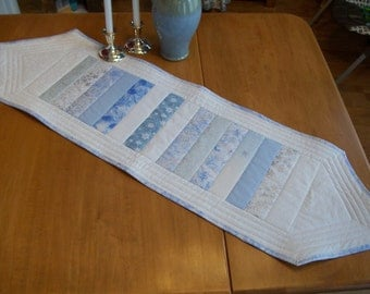 Quilted Winter Table Runner, Quilted Christmas Table Runner, Quilted Hanukkah Table Runner