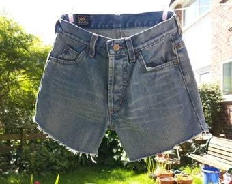 PRICE REDUCED. Retro Lee cut off shorts