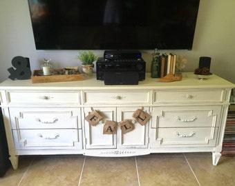 Hand Painted 10-Drawer Dresser Thomasville