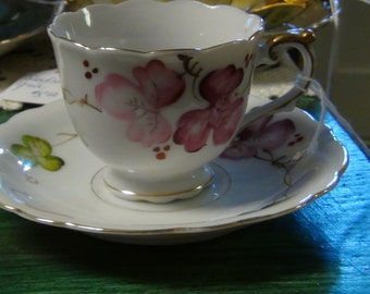 Small Hand painted Teacup and Saucer, Occupied Japan