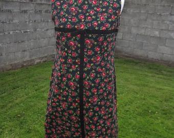 Vintage Red Black Green Floral Jumper Dress M