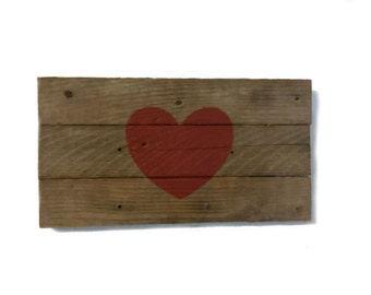 Small Heart Sign, Primitive Rustic Reclaimed Barn Wood, Wall Hanging, Valentine's Decor, Anniversary, Mother's Day, Photo Prop, wedding Gift