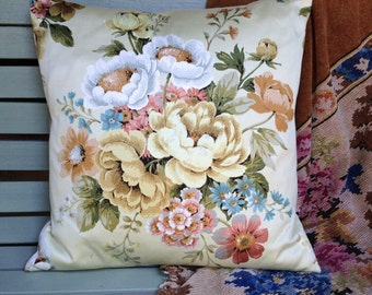 Vintage Fabric Cushion, Handmade Cushion, Sanderson Fabric Cushion, Cotton Sateen Cushion, Vintage Cushion,Floral Cushion