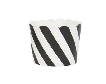 25 Black diagonal cupcake liners