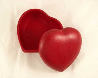 Box heart in earthenware painted in red by me in Italy