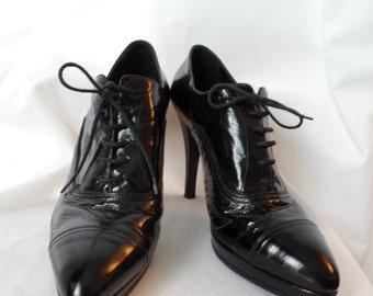 90s sky high stiletto granny glam platform lace up oxfords/ cap toe detail/ glossy black: IT 41- fits US woman 9.5-10