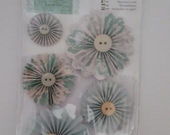 Docrafts Papermania Eau De Nil Pin Wheels