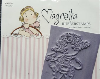 Tilda Magnolia mini stamp - Tilda with tools