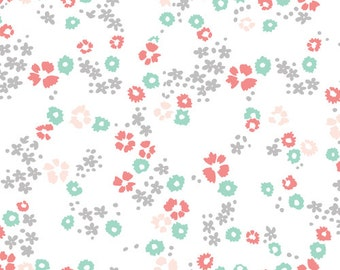 Scattered Floral ORGANIC KNIT in White by Cloud9 Fabrics 1116