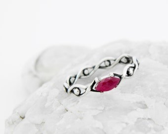 Silver ring with Ruby, silver ruby ring, silver ring vinous stone, ruby ring