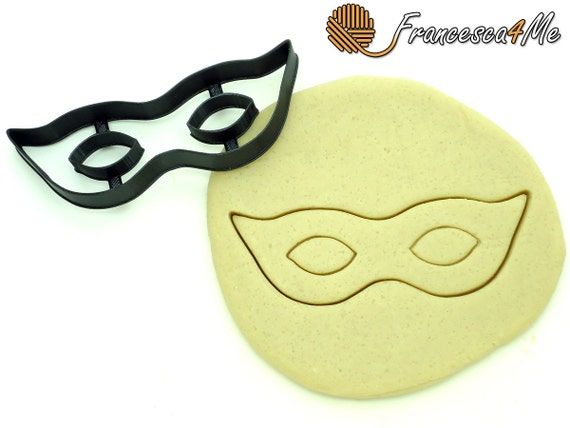 Masquerade Mask Cookie Cutter/Multi-Size by Francesca4me on Etsy