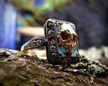 Antique Memento Mori Mourning 18 ct Gold silver enamel skull ring Death Victorian haunted
