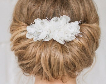 Bridal Comb, Wedding Comb, Flower Comb, Bridal Headpiece, Chiffon Flower, Wedding Hair Comb, Bridal Flower, Bridal Headpiece, Ivory Flower