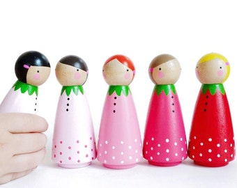 "3 1/2"" Strawberry peg dolls // BIG sweet ombre strawberry play set //  5 strawberry peg dolls // wooden dolls"
