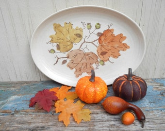 Adorable Vintage Autumn Plate by Metlox!