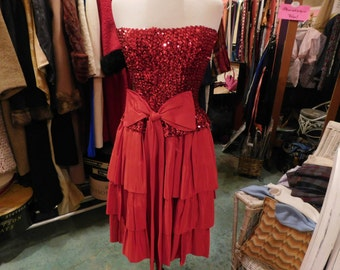 1950's  Red  sequins  dress with big bow