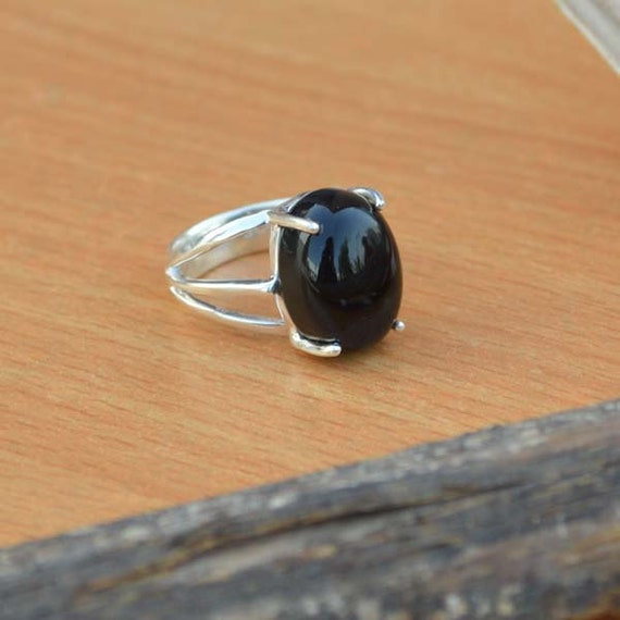 Sterling Silver Statement Ring, Oval Black Onyx Ring, Onyx Ring, Black Ring,Bezel Set Ring,Birthstone Ring, Silver Ring Size 6
