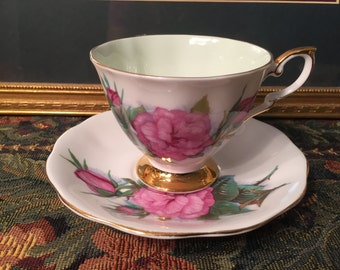 Royal standard tea cup & saucer.