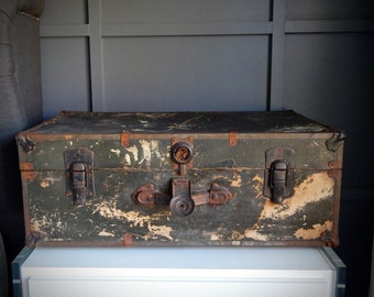 Vintage Steamer Trunk / 1930s / Storage Trunk / Paper Lined / Steampunk / Black / Home Decor / Storage & Organization / Coffee Table
