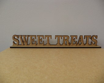 Weding, 'Sweet Table' sign