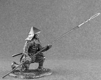 Action Figurine Japanese Ashigaru with Yari Medieval 1/32 Scale Toy Soldier 54mm Sculpture Collection Tin Metal Miniature