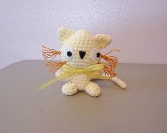 "Silly Mini Toy crochet kitty cat 4"" tall - free shipping"