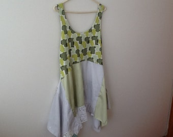 UPCYCLED, REFASHIONED, Shabby Chic, Gypsy, Boho, Romantic, Repurposed, Tank Tunic Dress. Women's Size Large.
