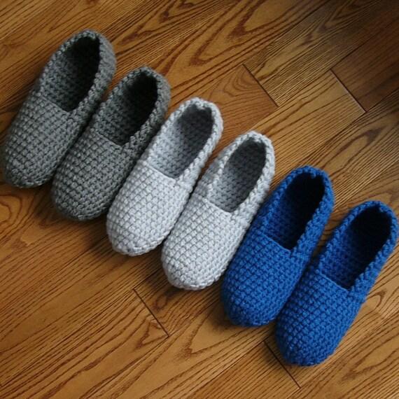 Crochet pattern mens slippers men man basic pure simple for Minimalist house slippers