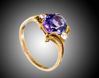 10k Amethyst color sapphire & white spinels ring size 8