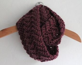 HANDMADE Crocheted Purple Colored Infinity Scarf. Purple Scarf. Warm Scarf. Winter Scarf. Women's Scarf