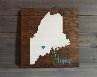 Pick Colors, Maine Wood Sign, Custom Maine State Sign, Stained and Hand Painted, Maine decor, Maine sign, State Guest Book, Maine plaque