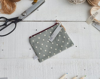Grey and White Spot Print Coin Purse