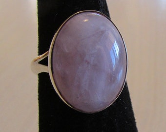 Amethyst Cab and Sterling Silver Ring Size 4 1/4