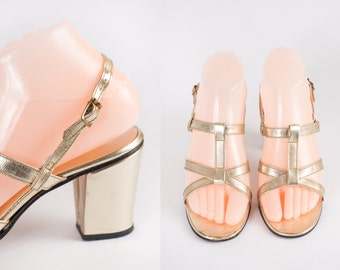 1970s Gold Sandals / Vintage 70s Shoes / Metallic Gold High Heel Shoes / Chunky Heel Sandals / 70s Gold Shoes / Strappy Heels