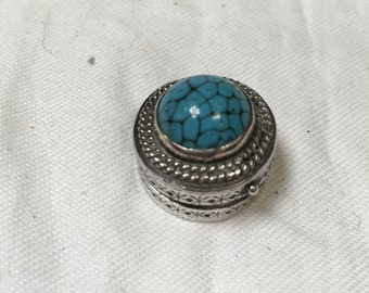 Beautiful continental turquoise and silver pill box